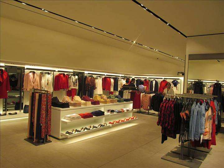 Zara stores outlets restaurants in phoenix market city