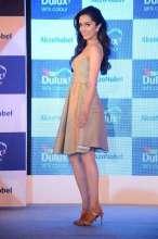 Shraddha Kapoor in Yoube Jewellery & Swapnil Shinde at Dulux launch in Mumbai